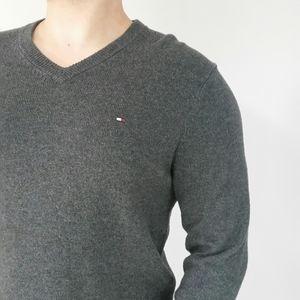 NWOT Men Tommy Hilfiger Soft Dress Sweater